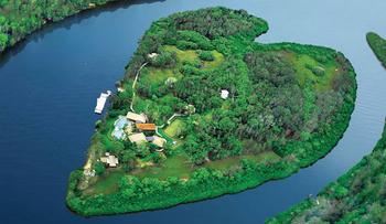 【ハート型地形39】オーストラリアのメイクピース島.jpg