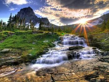 夕陽に照らされた渓流.jpg
