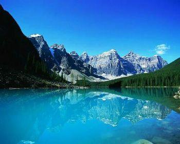 【カナダ】モレーン湖 .jpg